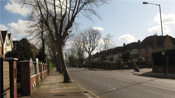 Brondesbury Park