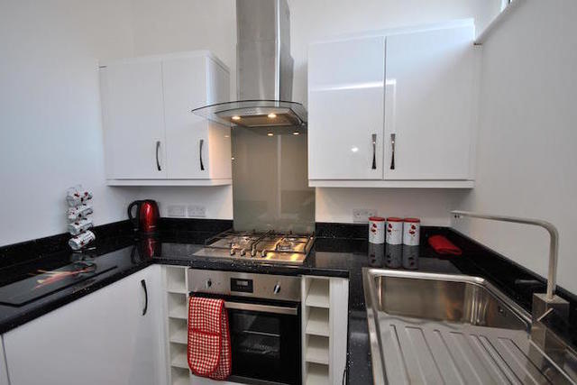 Image of 2 Bedroom Flat  For Sale at 51-53 Musters Road, West Bridgford, Nottingham NG2
