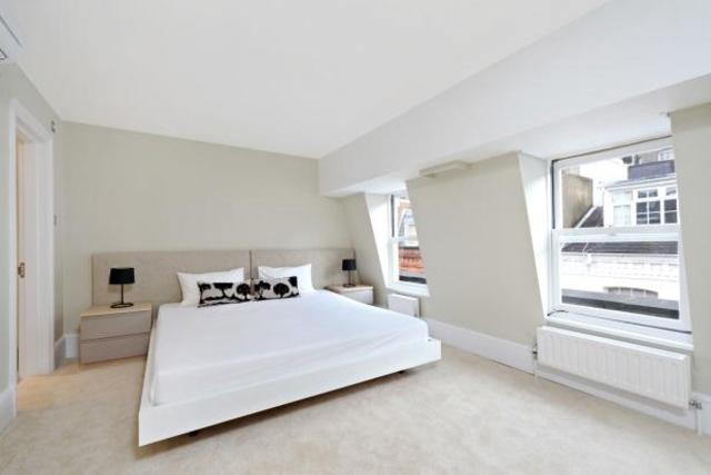 Image of 2 Bedroom Property  To Rent at Adam & Eve Mews, Kensington W8