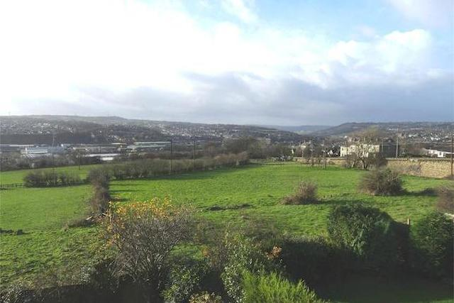 Image of 4 Bedroom  for sale in Brighouse, HD6 at Savile Close, Clifton, Brighouse, HD6