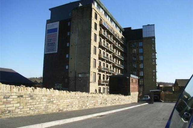 Image of 1 Bedroom Flat to rent in Brighouse, HD6 at Huddersfield Road, Rastrick, Brighouse, HD6