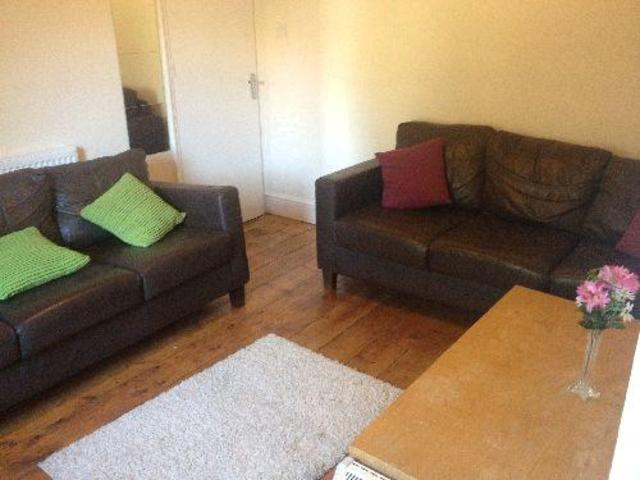 Image of 4 Bedroom  to rent in Wotton-under-Edge, BS16 at