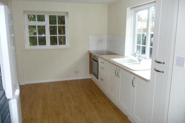 Image of 3 Bedroom Property  To Rent at The High Street, Kintbury RG17