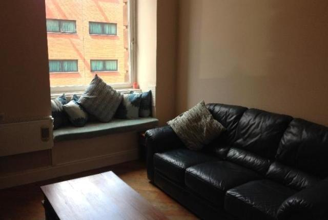 Image of 1 Bedroom Flat  To Rent at Stockwell Street, Glasgow G1