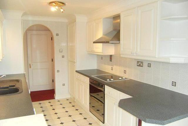 Image of 2 Bedroom Flat  To Rent at Rottingdean Place, Falmer Road, Rottingdean, Brighton BN2