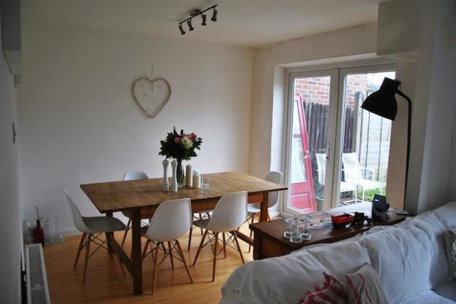 Image of 4 Bedroom Semi-Detached for sale at Queens Drive, Swindon SN3