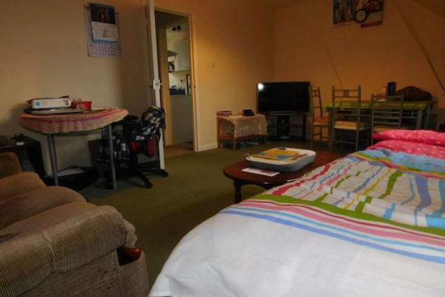 Image of 2 Bedroom Flat for sale in Newbury, RG14 at Craven Road, Newbury, RG14
