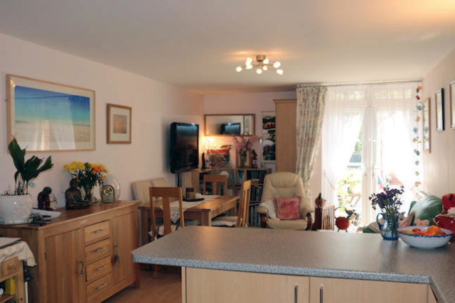 Image of 2 Bedroom Flat for sale in Stroud, GL5 at London Road, Stroud, GL5