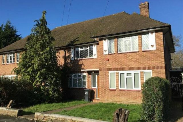 Maisonette For Sale In Epsom 2 Bedrooms Maisonette Kt19