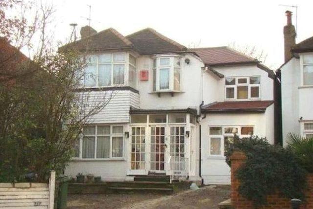 watford road wembley 2 bedroom flat to rent ha0. Black Bedroom Furniture Sets. Home Design Ideas