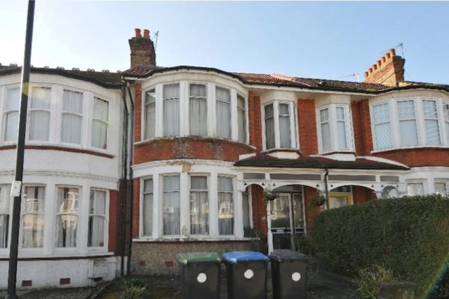 Image of 3 Bedroom Terraced for sale in Palmers Green, N13 at Hamilton Way, London, N13