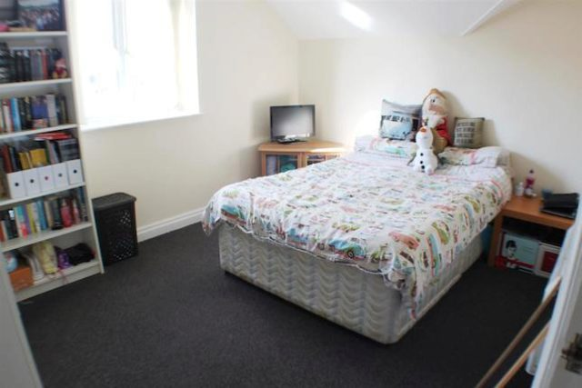 Image of 1 Bedroom Flat for sale at Barton Road, Eccles, Manchester M30