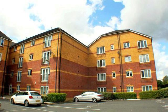 Image of 2 Bedroom Flat to rent at Little Bolton Terrace, St Georges Gardens, Salford M5