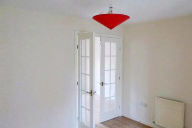 Image of 3 Bedroom Semi-Detached to rent at Hallview Way, Little Hulton, Worsley M28