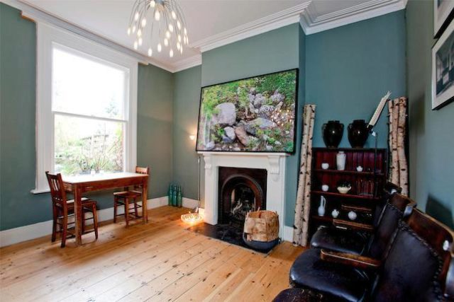 Image of 3 Bedroom Terraced for sale in Bowes Park, N22 at Sidney Road, London, N22