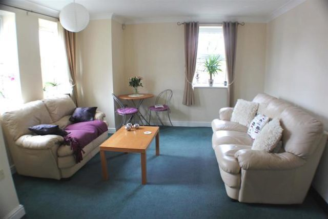 Image of 2 Bedroom Flat for sale at Wellington Road, Eccles, Manchester M30