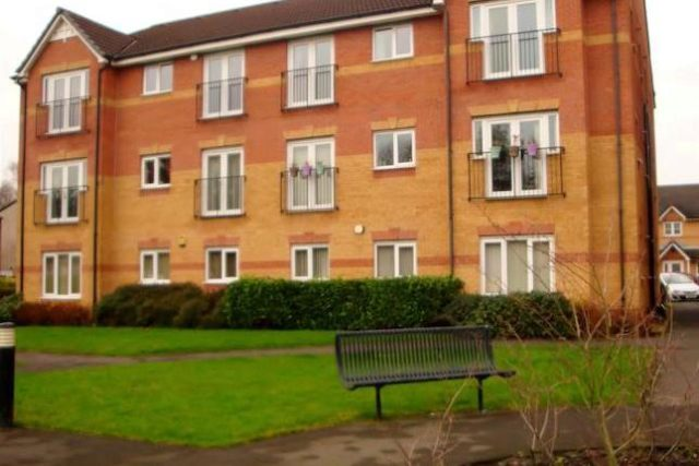 Image of 2 Bedroom Flat to rent at Lentworth Drive, Walkden, Manchester M28