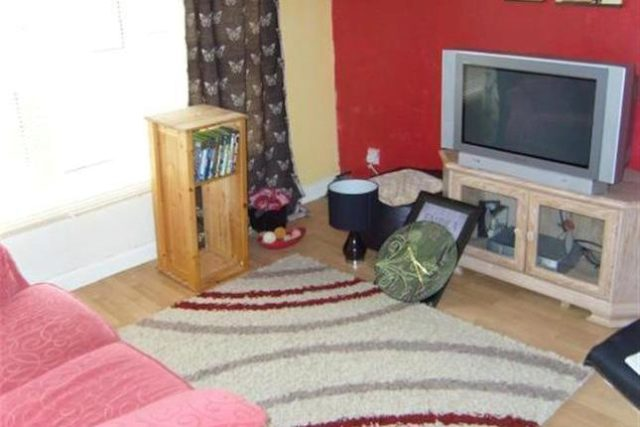 Image of 1 Bedroom Flat for sale at East Lea, Blaydon-On-Tyne NE21