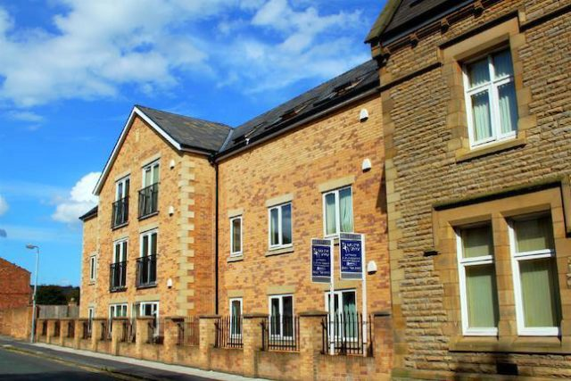Image of 2 Bedroom Flat to rent at The Shackles, 2A Police Street, Eccles M30
