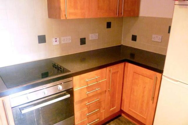 Image of 2 Bedroom Flat to rent at Ellesmere Green, Monton, Manchester M30