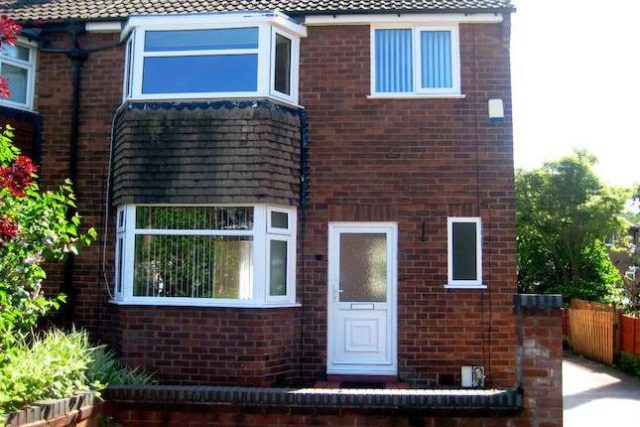 Image of 3 Bedroom Semi-Detached to rent at Crawley Avenue, Eccles, Manchester M30