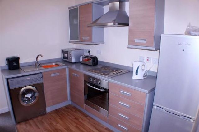 Image of 1 Bedroom Flat to rent at Eccles Fold, Eccles, Manchester M30