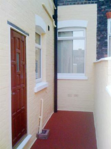 Image of 3 Bedroom Terraced to rent at New Cross Street, Salford M5