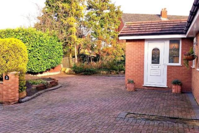 Image of 5 Bedroom Detached to rent at Sandy Lane, Lymm WA13