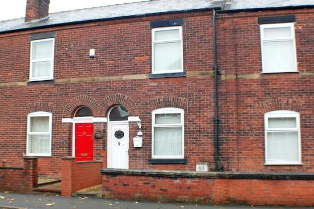 Image of 2 Bedroom Terraced to rent at Warwick Street, Swinton, Manchester M27