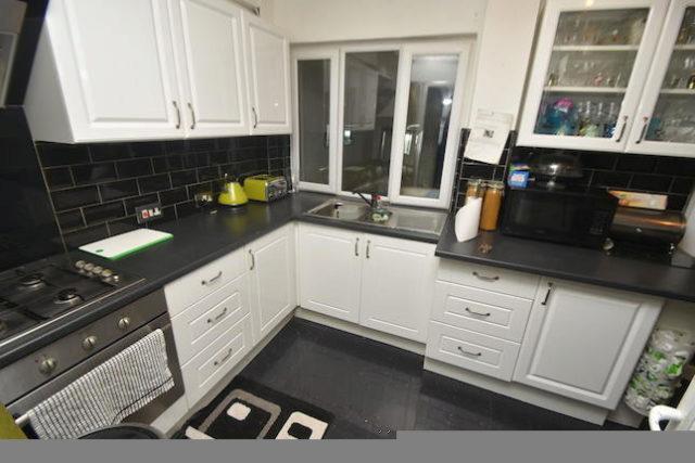 Image of 4 Bedroom Terraced for sale in Northolt, UB5 at Kempton Avenue, Northolt, UB5
