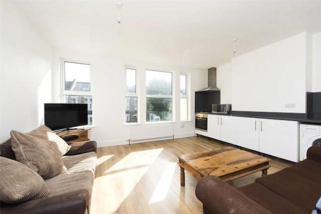 Image of 2 Bedroom Flat for sale in Bowes Park, N13 at Russell Road, London, N13