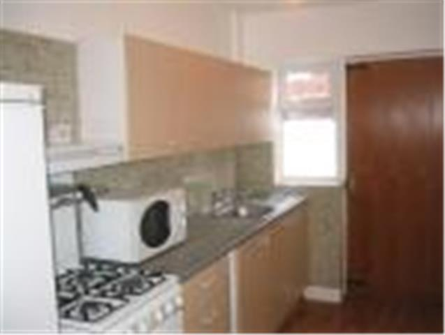 Image of 4 Bedroom Terraced  To Rent at South Grove, Manchester, M13