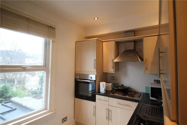 Image of 2 Bedroom Flat  For Sale at Wellmeadow Road, London, SE13
