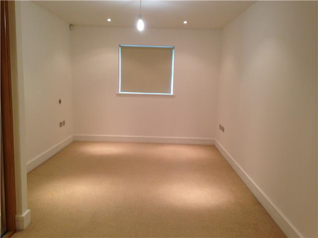 Image of 2 Bedroom Ground Flat  For Sale at Upper Mulgrave Road, Cheam, Sutton, SM2