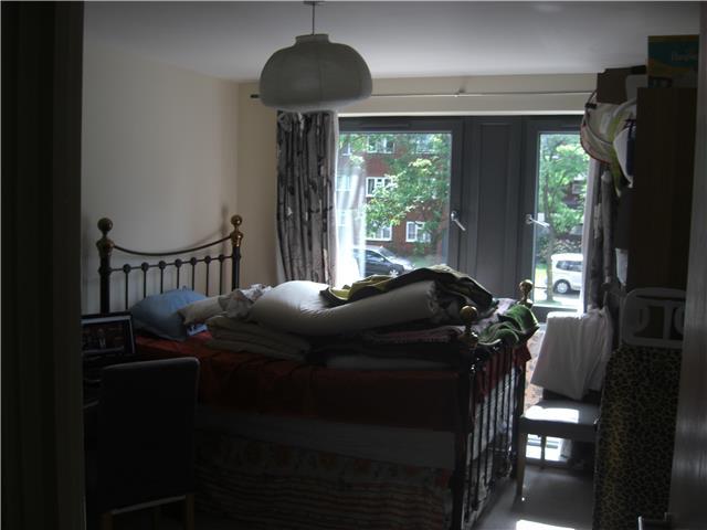 Image of 1 Bedroom Flat to rent in Harrow, HA2 at Northolt Road, South Harrow, Harrow, HA2