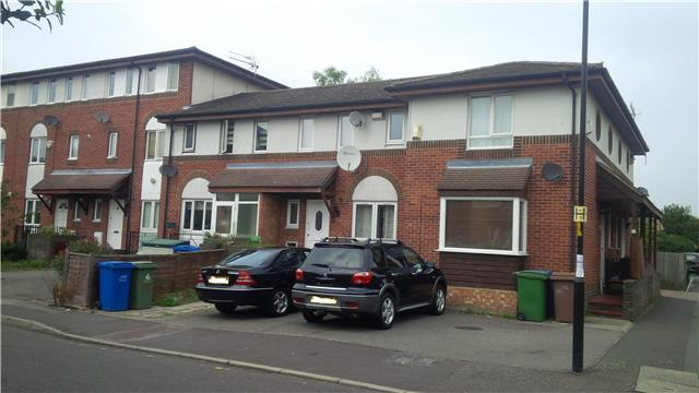 Image of 3 Bedroom Terraced to rent at Oxley Close, London, SE1