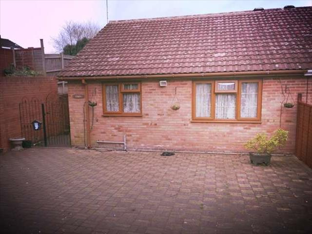 Image of 2 Bedroom Bungalow to rent at Church Road  Lye, DY9 8TB