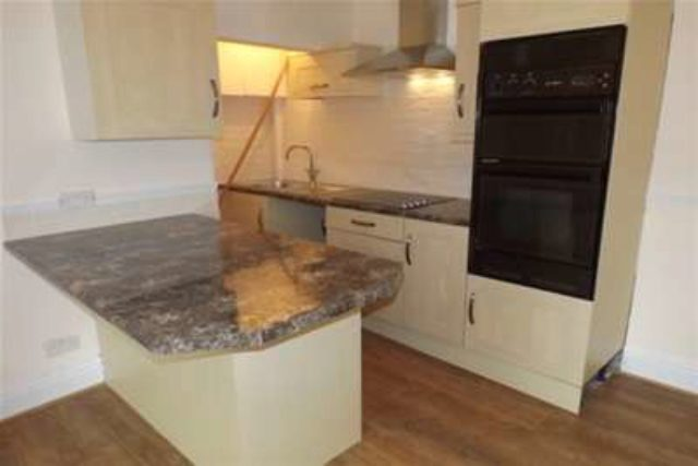 Image of 2 Bedroom Detached to rent at Huddersfield, HD5 0RE