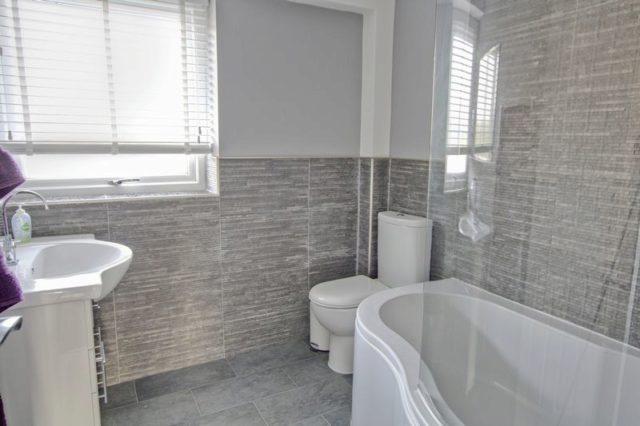 Image of 2 Bedroom Maisonette for sale in Avery Hill, SE9 at Oakways, London, SE9