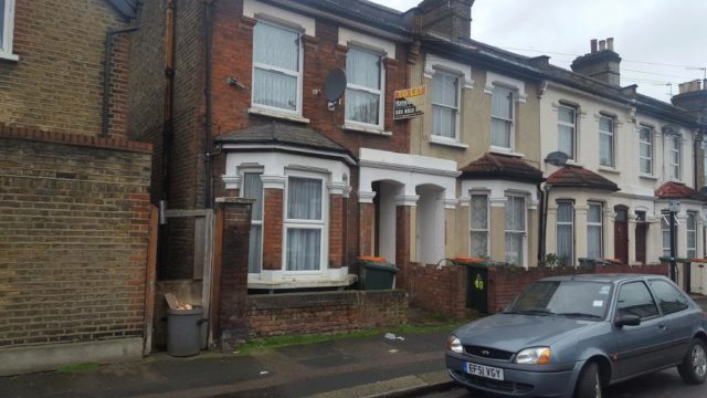 Image of 1 Bedroom Flat to rent in Forest Gate, E7 at York Road, London, E7