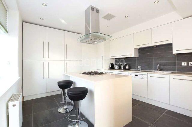 Image of 3 Bedroom Flat for sale in City of London, EC1N at Hatton Garden, London, EC1N