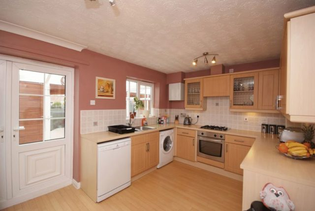 Image of 3 Bedroom Detached for sale at Alberbury Avenue Timperley Timperley, WA15 7LJ