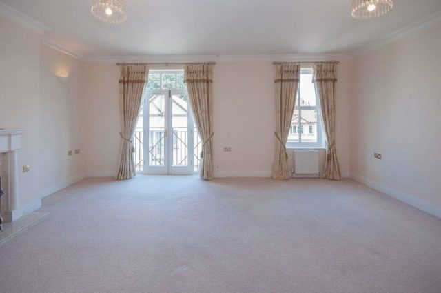 Image of 2 Bedroom Flat for sale in Harrogate, HG3 at Hollins Hall, Killinghall, Harrogate, HG3
