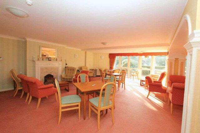 Image of 2 Bedroom Flat for sale in York, YO10 at Danesmead Close, York, YO10