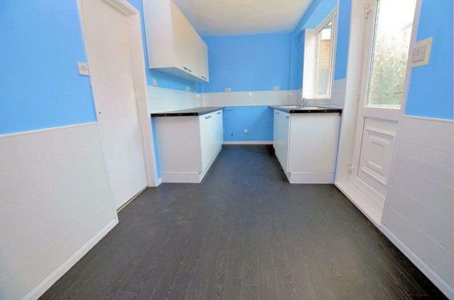 Image of 3 Bedroom Semi-Detached for sale at Warley Road  Oldbury, B68 9SY