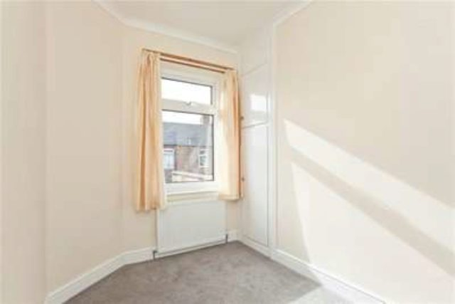 Image of 2 Bedroom Terraced to rent in York, YO31 at Kitchener Street, York, YO31