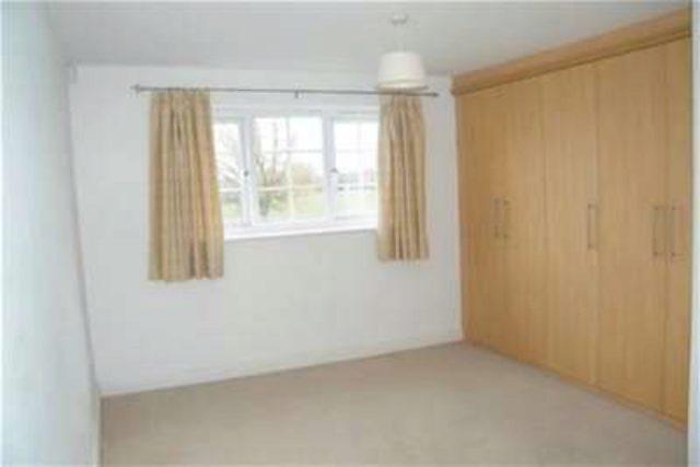 Image of 2 Bedroom Flat to rent in York, YO24 at Gale Lane, York, YO24