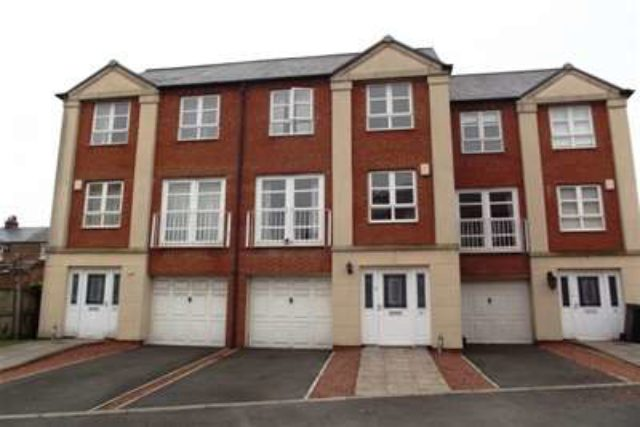 Image of 4 Bedroom Detached to rent in York, YO26 at Martins Court, York, YO26