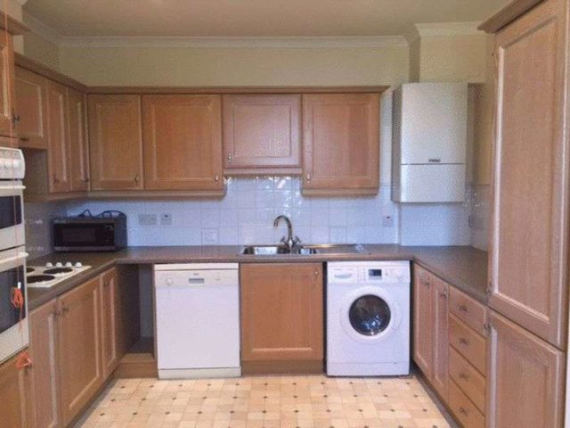 Image of 1 Bedroom Flat for sale in Harrogate, HG3 at Lodge Court, Hollins Hall, Killinghall, Harrogate, HG3