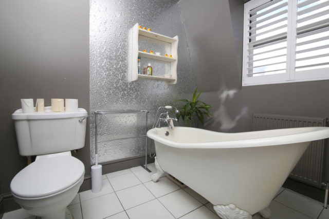 Image of 2 Bedroom Apartment for sale in Honor Oak Park, SE22 at Melbourne Grove, London, SE22